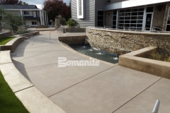 This stunning exterior courtyard and baptismal area were created using Bomanite Sandscape Refined Antico to add a beautifully sophisticated and contemporary hardscape surface with a distinctive design aesthetic while maintaining a cohesive look across the CrossCity Christian Church campus.